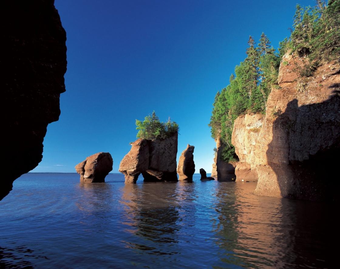 Bay Of Fundy Hopewell Rocks New Brunswick Canada City